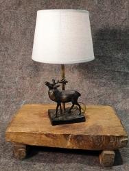 Lampe Hirsch röhrend